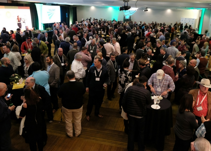 Sold Out Organic Grower Summit Extols the Importance of Keeping the Organic Brand Strong